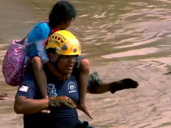Flooding in Peru – Video - Joint forces of volunteers, institutions and humanitarian aid