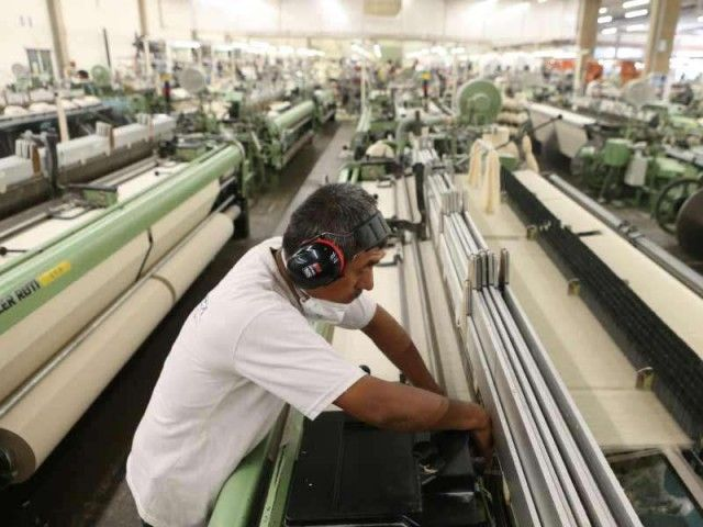 72% of Peruvians work in the informal sector